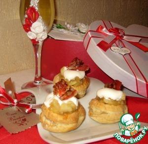 Рецепт Закусочные пирожные с пьяными яблочками и карамелизированым беконом