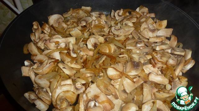 свинина с грибами в сметанном соусе в мультиварке рецепт с фото