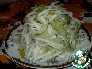 Рецепт Салат из редьки с маринованным огурцом