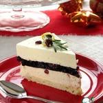 Торт-суфле с белым шоколадом и красным вином