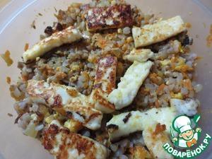 Рецепт Гречка с морковью, луком и адыгейским сыром