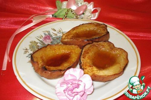 Горячий десерт из груш с мёдом