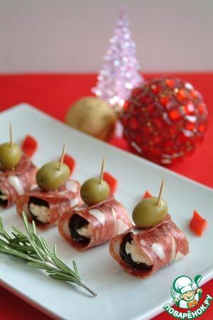 Рецепт Праздничная закуска из чернослива, творожного крема и капонаты