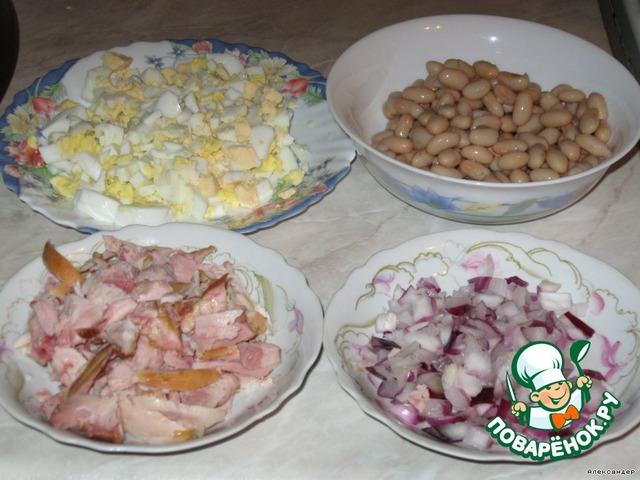салат с копченой курицей и фасолью рецепт с фото