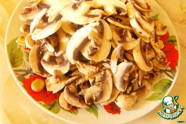 Жюльен с курицей и грибами - Кулинарные рецепты