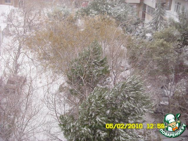 Закрыть помидоры на зиму с базиликом