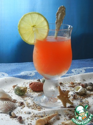 """Рецепт Чайно-цитрусовый пунш с фруктовым сиропом """"Морской бриз"""""""