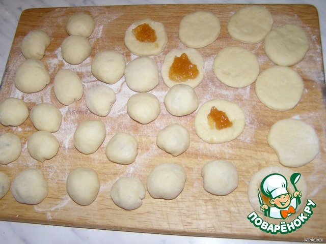 Рецепт пончиков с начинкой пошагово с