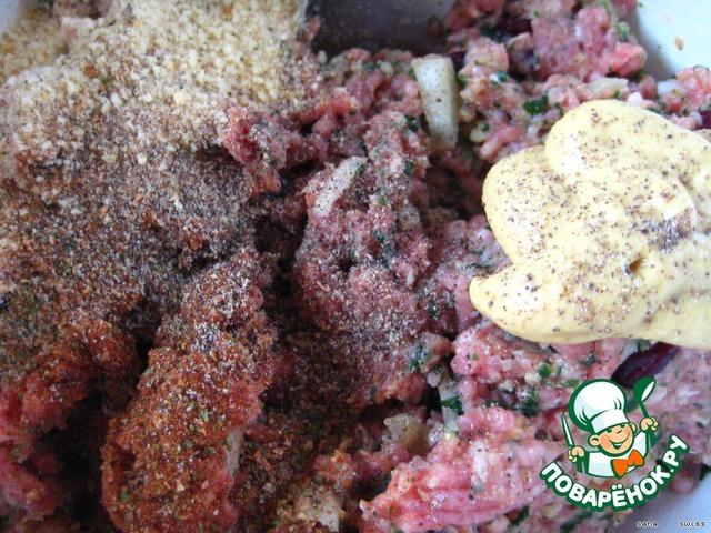Мясной рулет с черносливом рецепт пошагово 25