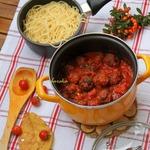 Мясные шарики в томатном соусе по-итальянски