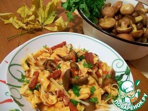 Рецепт Домашняя паста с грибами и беконом в томатном соусе