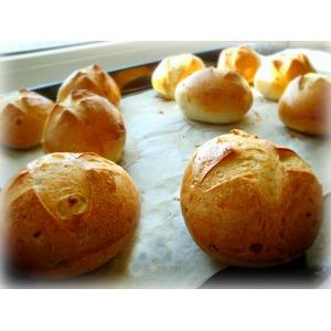 Луковые булочки
