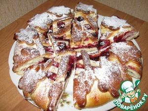 Рецепт Пирог дрожжевой с ягодой и яблоком