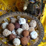 Индийские сладости из нута и сухофруктов