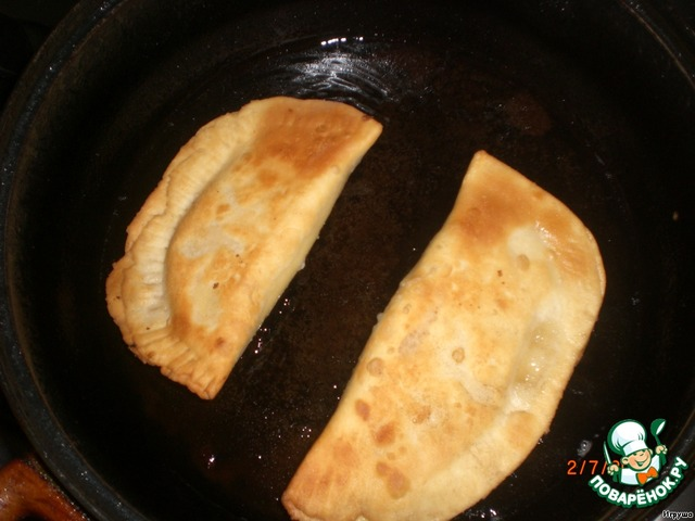 чебуреки с творогом рецепт с фото пошаговый