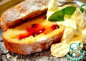 Рецепт Творожный рулет с яблоками и сливой