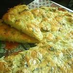 Пирог из тертого картофеля с сыром
