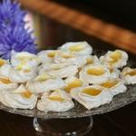 Итальянские меренги с лимонным курдом
