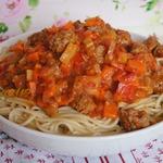 """Спагетти с """"итальянской"""" подливой"""