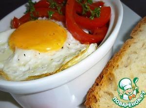 Рецепт Сладкий перец в томатном соусе с яйцом