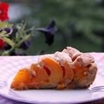 Абрикосово-арахисовый пирог на полбовой муке