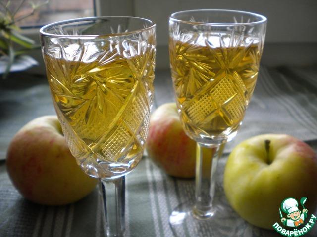 Домашняя настойка из яблок на водке