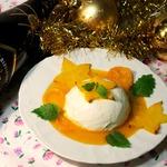 Творожный десерт с карамболой и апельсиновым соусом