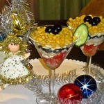"""Салат """"Новогодний"""" с помидорами и маслинами"""