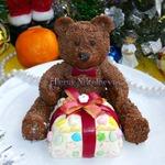 Шоколадный мишка с подарком-сюрпризом