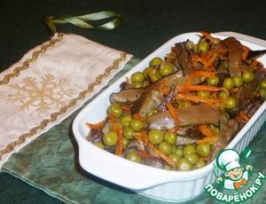 Рецепт Салат из белых грибов с зеленым горошком