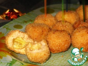 Рецепт Хрустящие рыбные шарики с сыром
