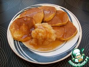 Рецепт Тыквенные оладьи с яблочным пюре и медом