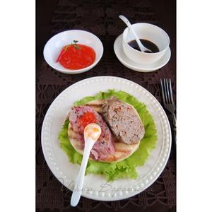 Рецепт Домашняя паровая колбаса и лепёшки-гриль