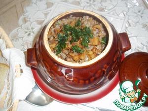Рецепт Гречка с мясом и шкварками в горшочке