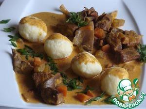 Рецепт Венгерская токань с творожными клецками