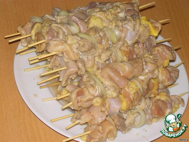 шашлык из курицы с картошкой в духовке на шпажках