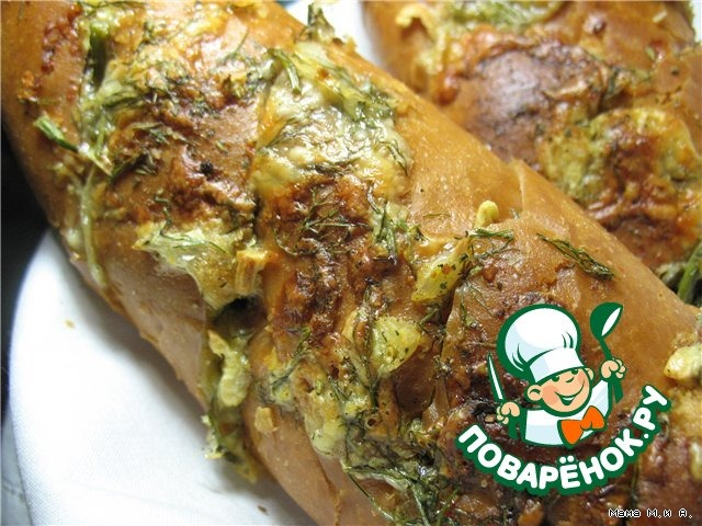 Хрустящий батон, запеченный с чесноком и сыром вкусный пошаговый рецепт с фото #9