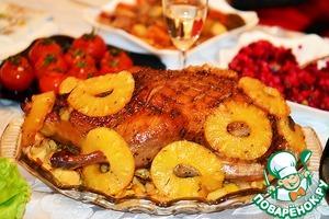 Рецепт Новогодняя утка с айвой и ананасами