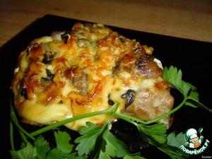 свиная отбивная в духовке с сыром и грибами