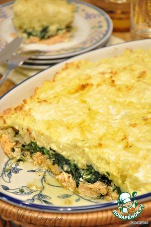 Рецепт Запеканка с семгой, картофелем, шпинатом и сливочно-сырной заливкой