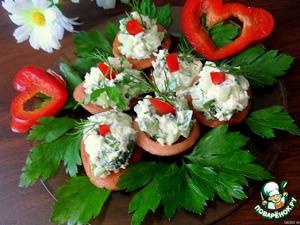 "Рецепт Колбасные ""тарелочки"" с салатом"