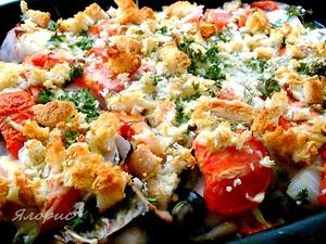 Рецепт Курица с томатами и грибами под хлебно-сырной корочкой