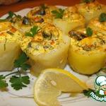 Картофельные стаканчики с морепродуктами