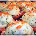 Картофельное пюре и помидоры на гарнир