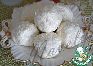 """Рецепт Десерт творожно-кокосовый с ягодами """"Снежки"""""""