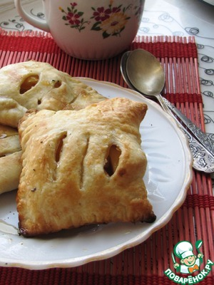 Рецепт Слойки с карамельными яблоками