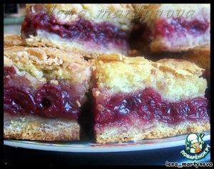 Простой вишнeвый пирог