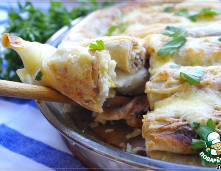 Рецепт: Блинный пирог с курицей и шампиньонами