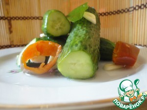Рецепт Остро-пряные малосольные огурцы