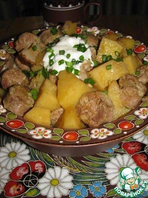 Рецепт Картофельный гуляш с колбасками